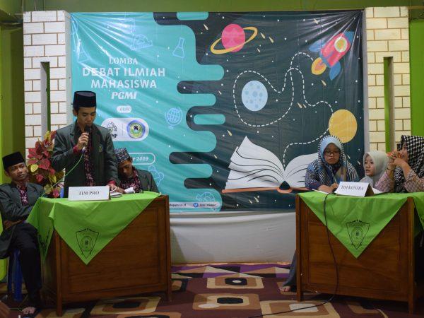 Asah Minat dan Bakaat Mahasiswa, HMP PGMI Adakan Lomba Debat